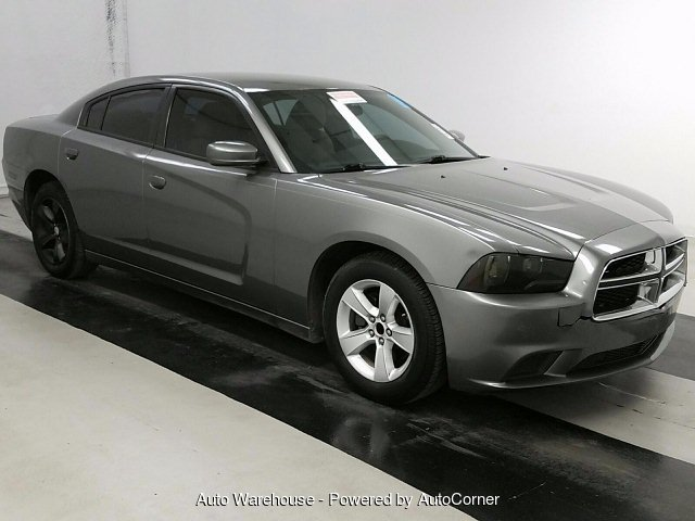 2012 Dodge Charger SE 5-Speed Automatic